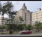 apartamento de 4 cuartos $160 cuc  en calle 13 vedado, plaza, la habana