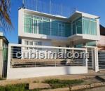 casa de 7 cuartos $350,000.00 cuc  en fontanar, boyeros, la habana
