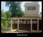 casa de 3 cuartos $130,000.00 cuc  en calle 8 vedado, plaza, la habana