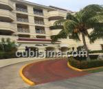 apartamento de 2 cuartos $300,000.00 cuc  en calle 42 miramar, playa, la habana
