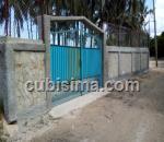 casa de 3 cuartos $185,000.00 cuc  en calle 1ra playa santa fe, playa, la habana