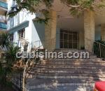 apartamento de 2 y medio cuartos $110,000.00 cuc  en calle avenida paseo vedado, plaza, la habana