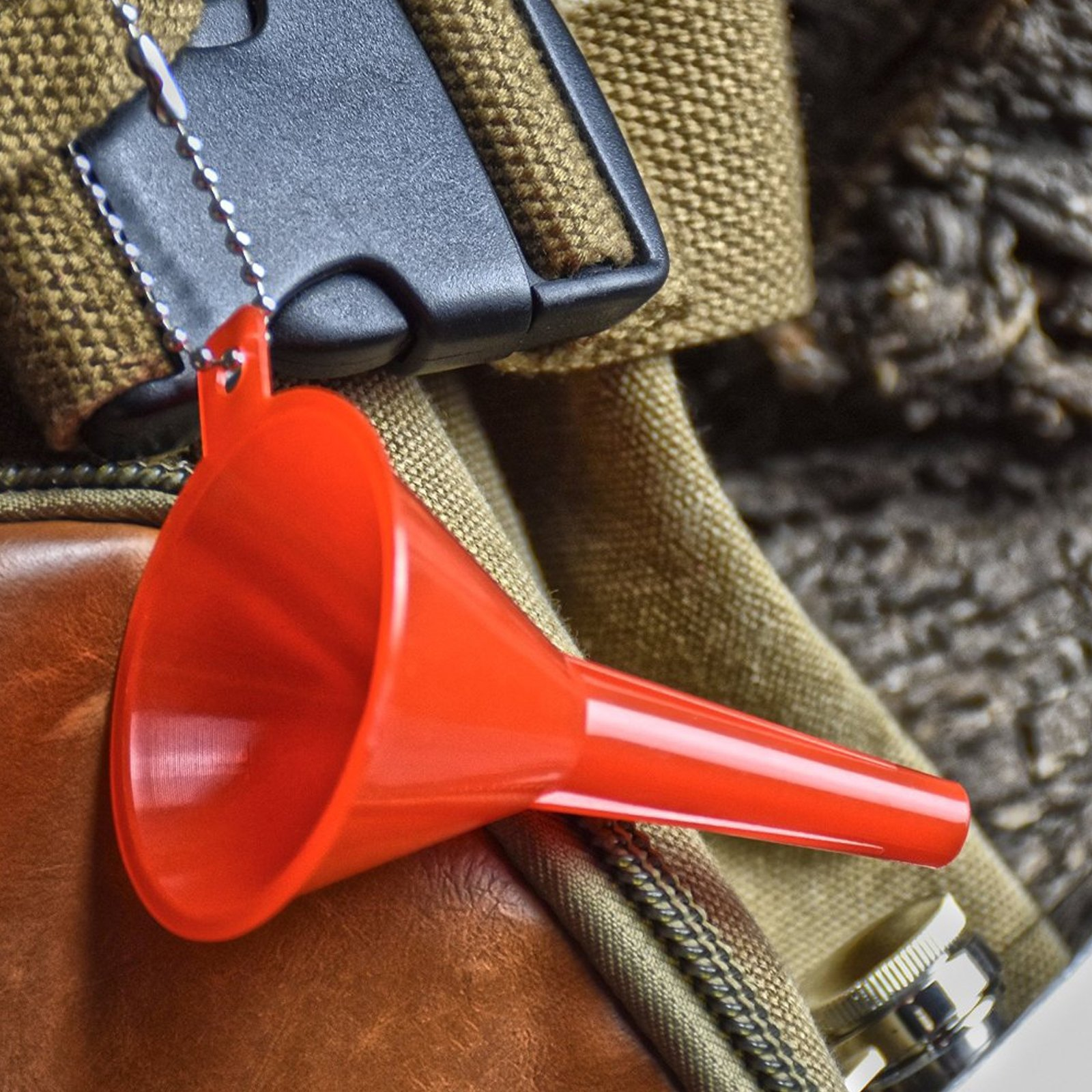 (2 Piece) ASR Outdoor Plastic Funnel Set with Key Chains for Camping Hiking