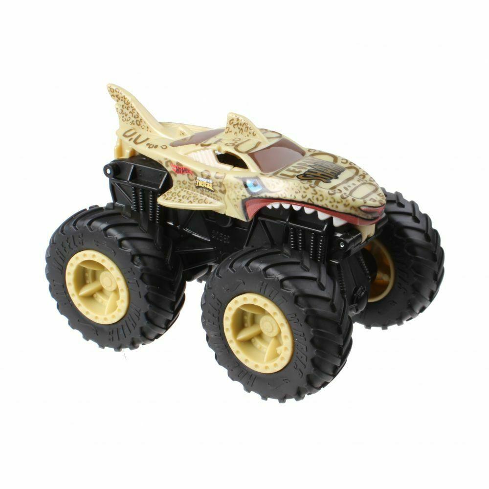 Hot Wheels Bash-Ups Monster Truck Big Wheels Leopard