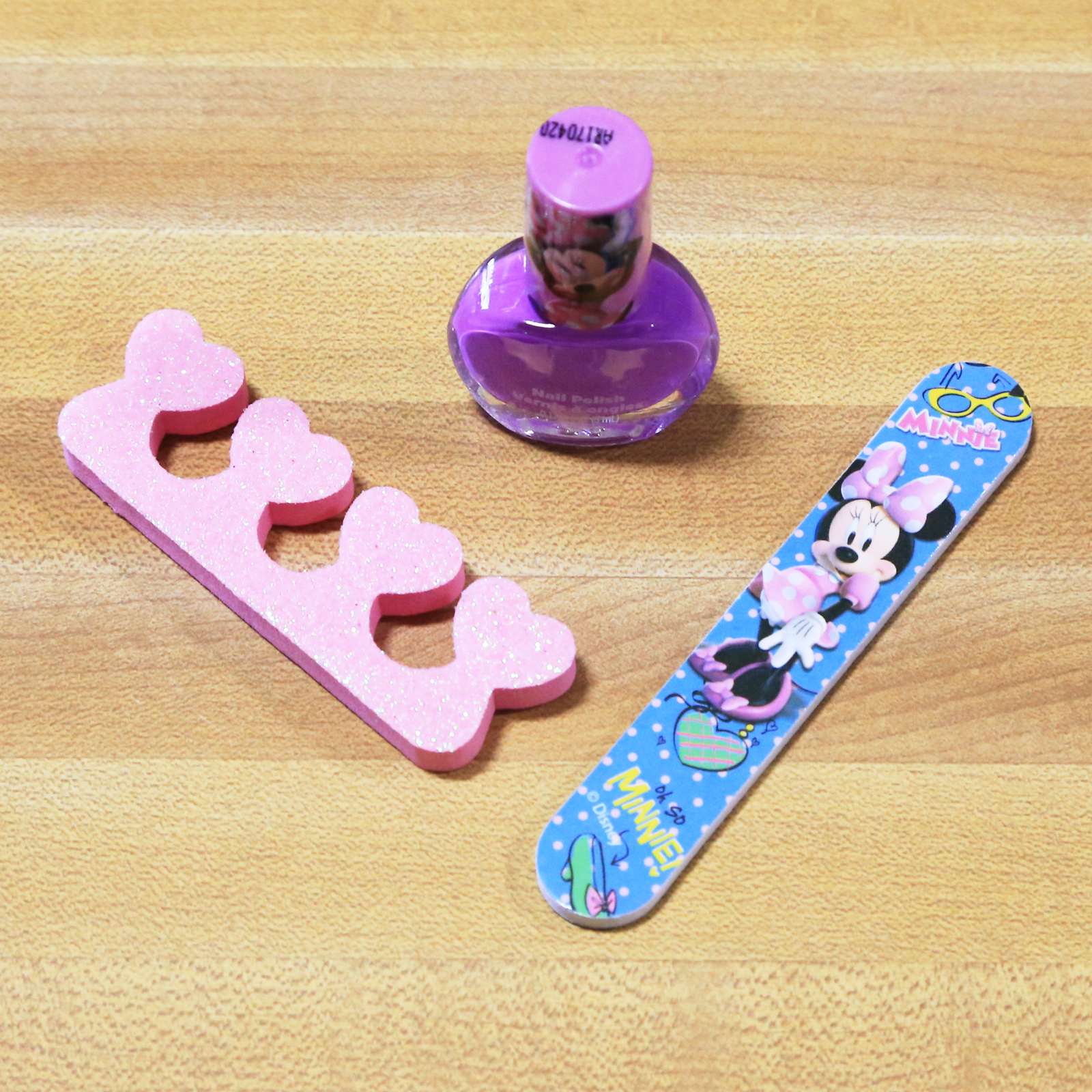 Disney Minnie Mouse Stylin Best Friends Forever Nail Kit
