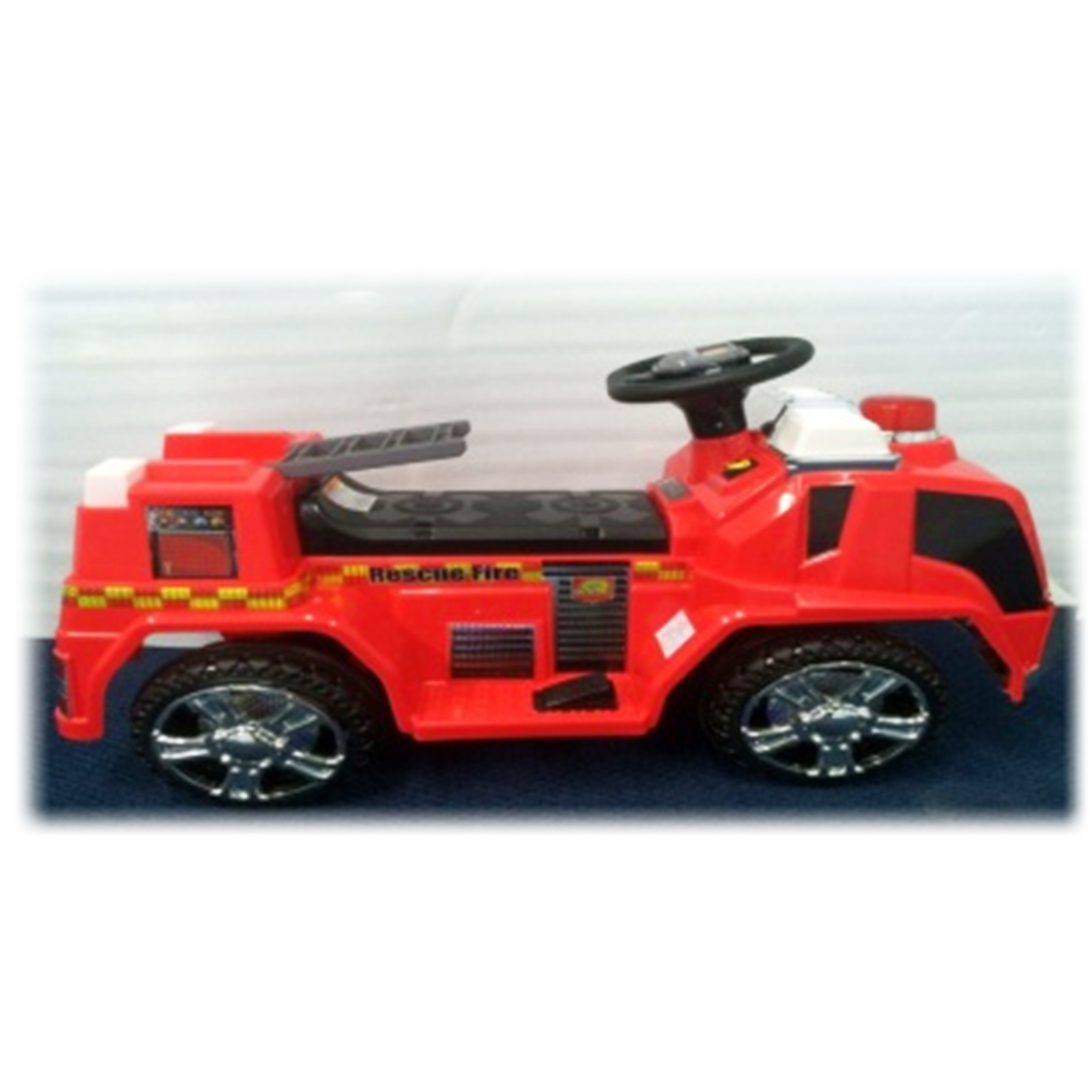 Fire Truck Kids Battery Powered Ride On Car in Red