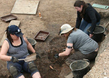 Volunteers at Fort Arbeia excavation site