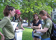 earthwatch-leader-scientists-research