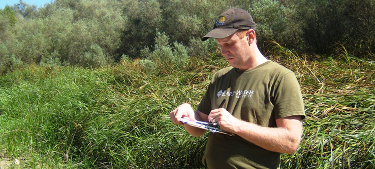 Earthwatch volunteer in the field, California, USA