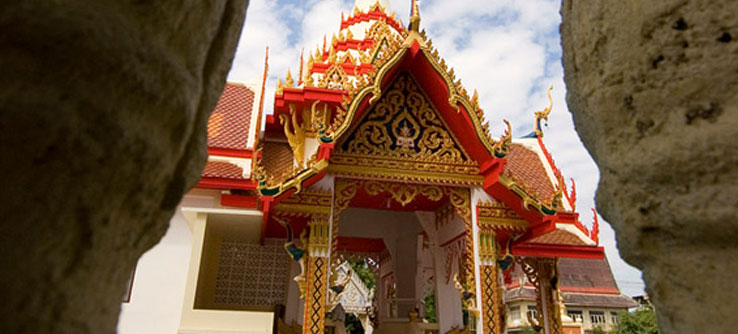 A richly decorated wat (Buddhist temple), Thailand