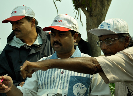 The team conduct a wildlife survey on the project