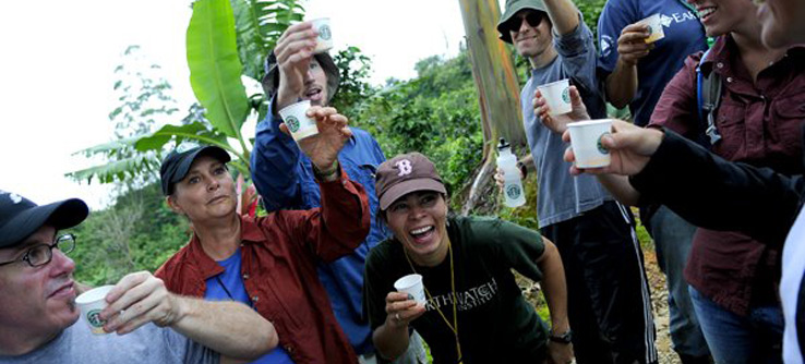 Earthwatchers enjoying their cup in Costa Rica