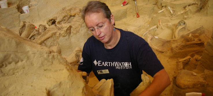Earthwatch Expeditions: Mammoth Graveyard in South Dakota