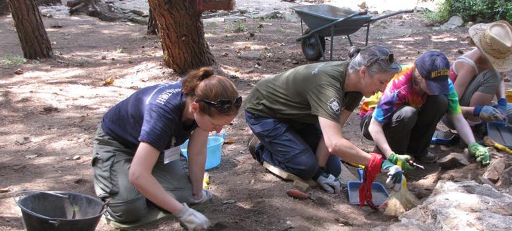 Earthwatch Teen Expeditions: Unearthing Ancient History in Tuscancy