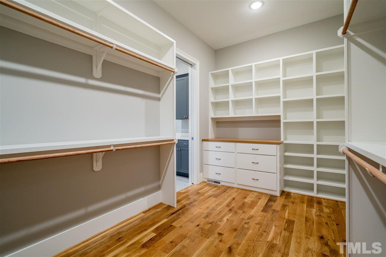 Built in shelving and drawers