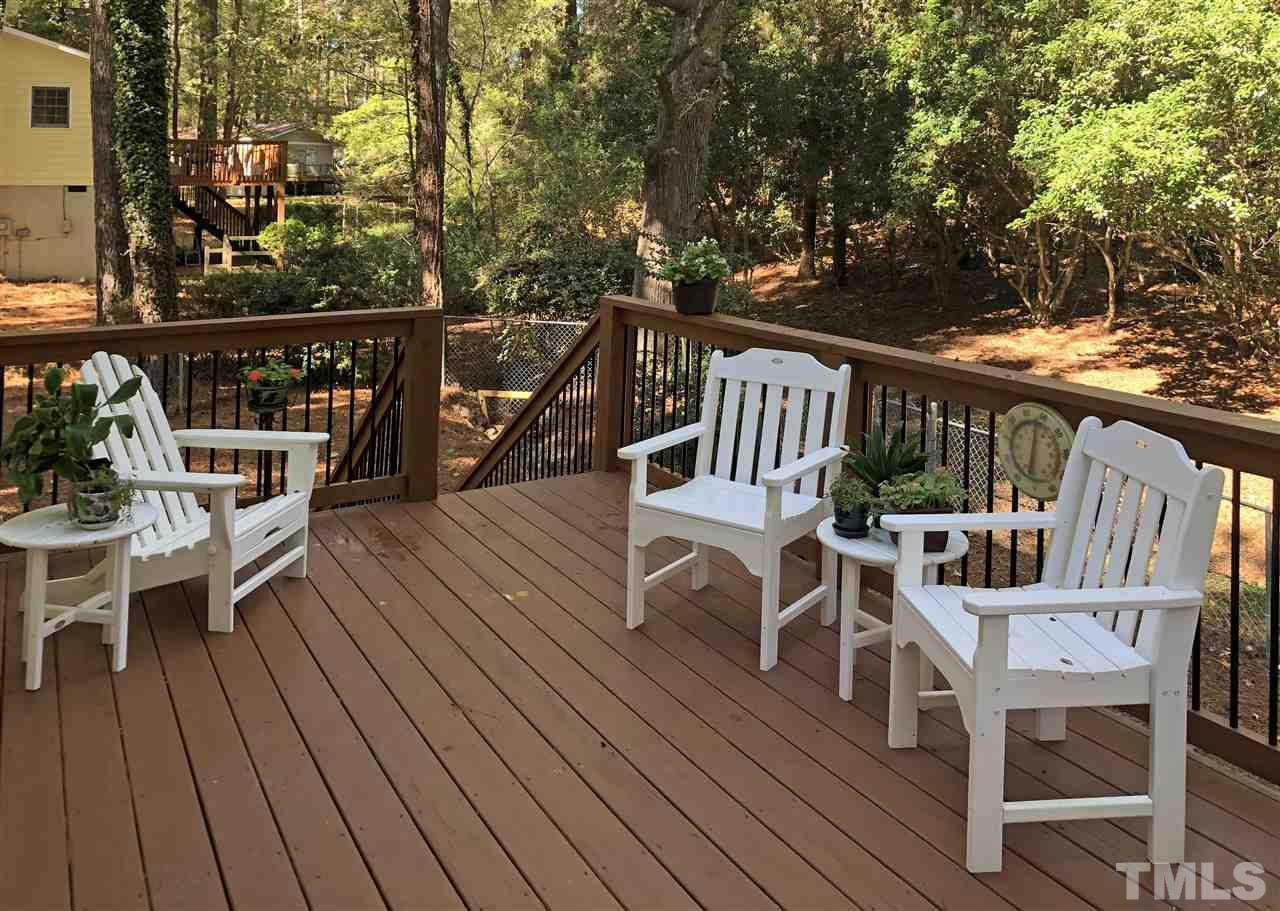 20 x 10 deck has dedicated gas line for your grill.