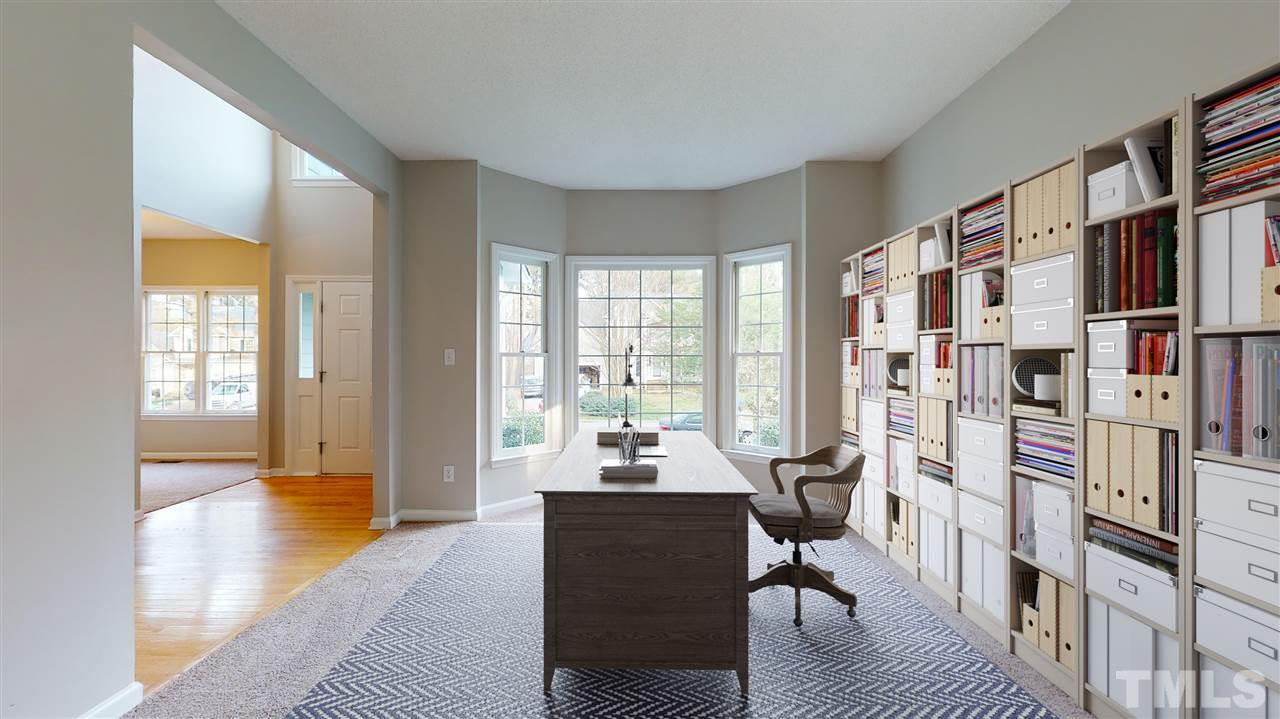 Virtual staging used to show size of room