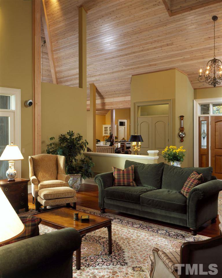 You can build the house with or without the half walls separating the Foyer from the Great Room