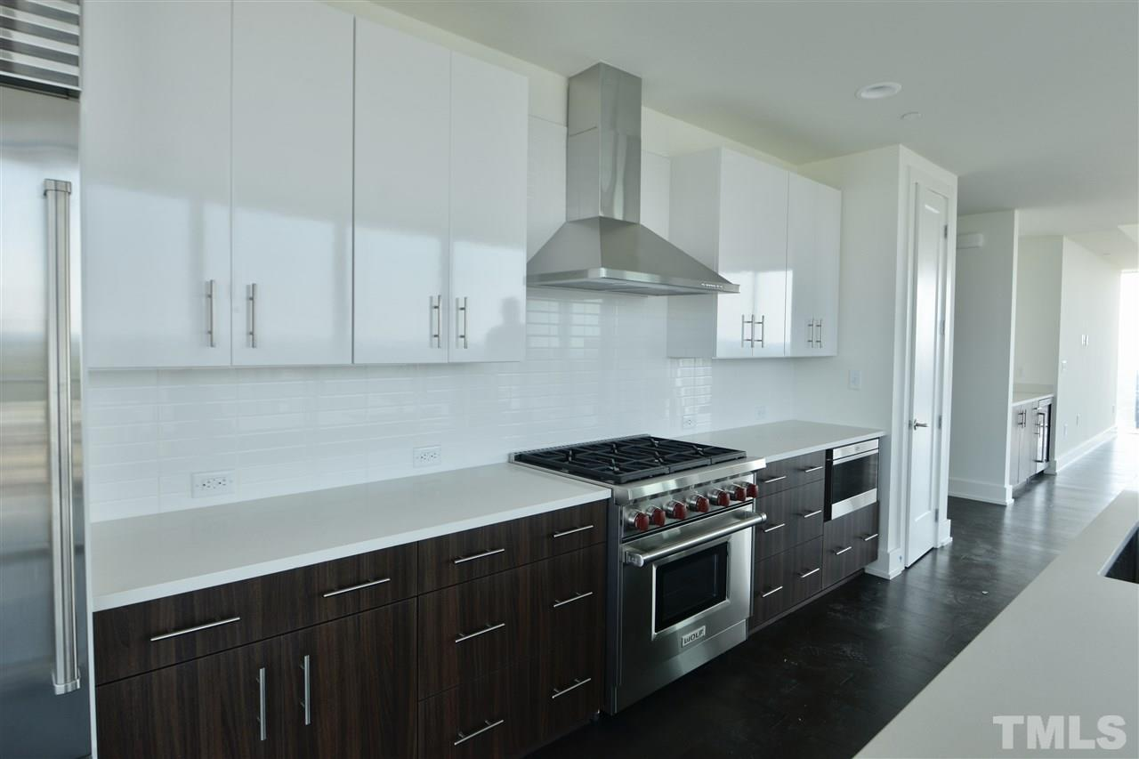 High-end kitchen offer a great place to gather and enjoy the view!