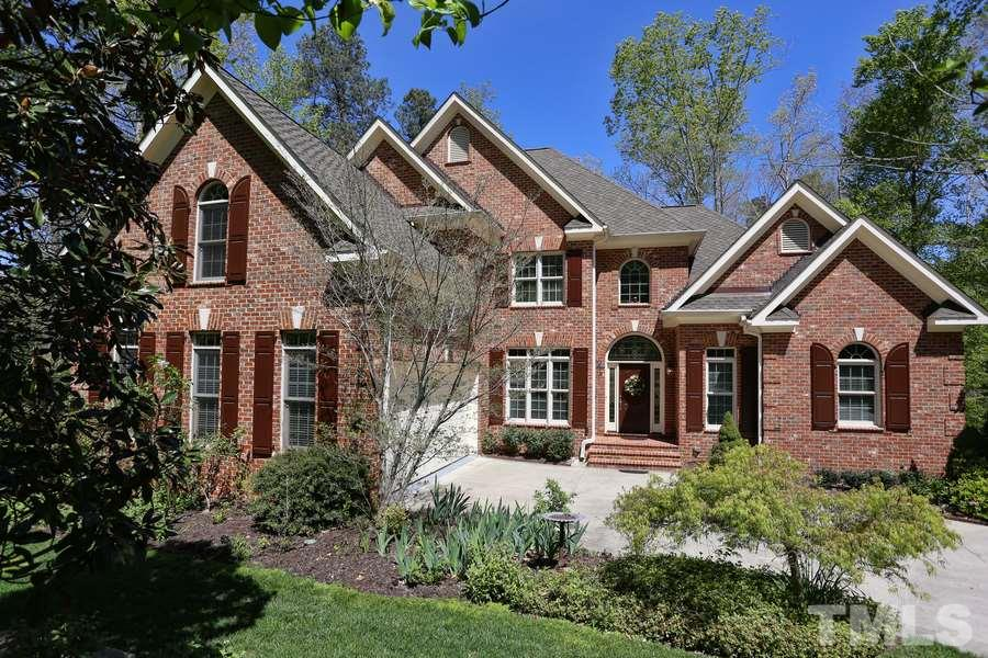 39505 glenn glade chapel hill nc fonville morisey real for Custom built brick homes