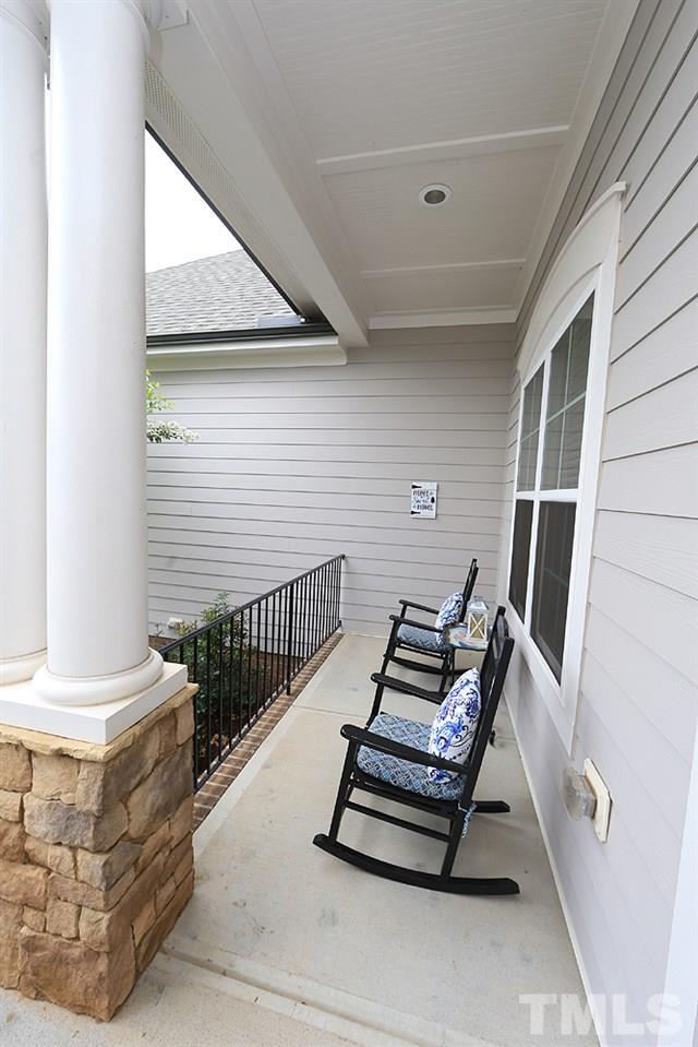 Cozy front porch!