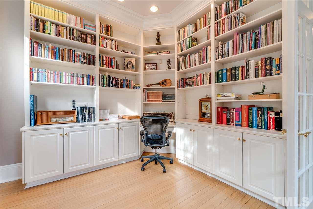 Large study with built-in bookcases.  This home is wired with CAT5 in conduit, making it easy to run new wires if needed!