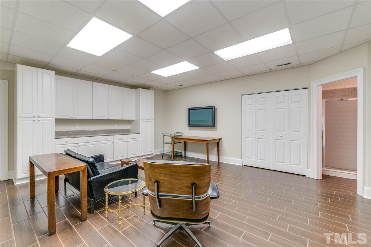 Bonus room in basement with full bath and plenty of storage