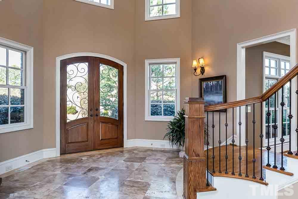 Large vaulted entryway shows the elegance of the home the minute you walk through the door.
