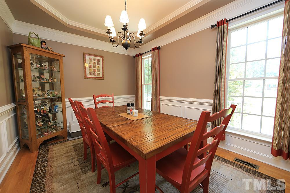 Tasteful decor in the dining room provides for a more intimate dining experience.