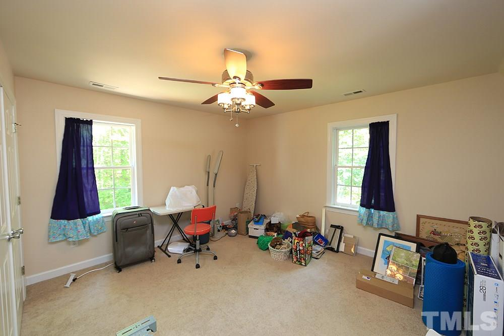Lots of options for this spacious bonus room. You decide whether it will be a 4th bedroom or flex/craft/play room.