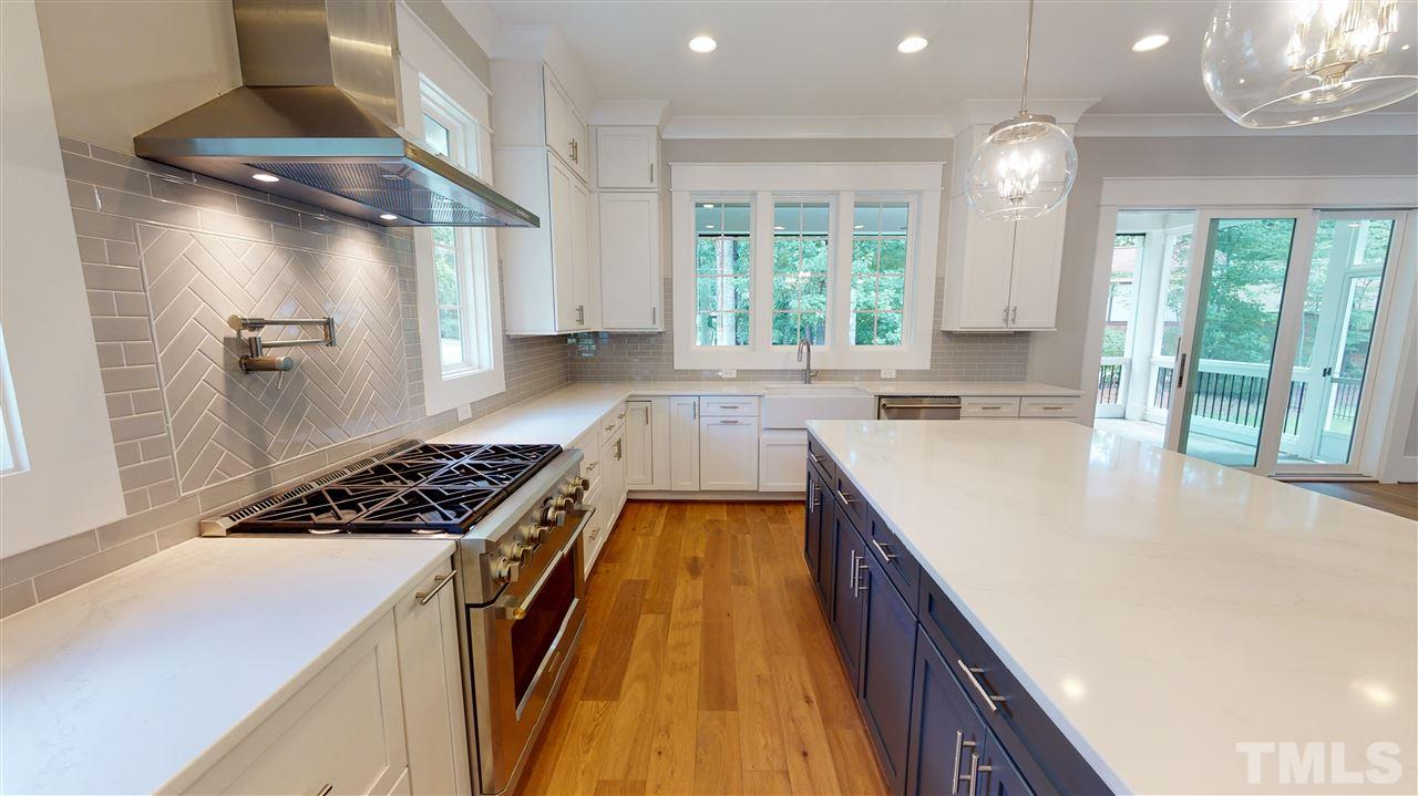 Chef's Kitchen from a similiar home from Exeter Building Co.