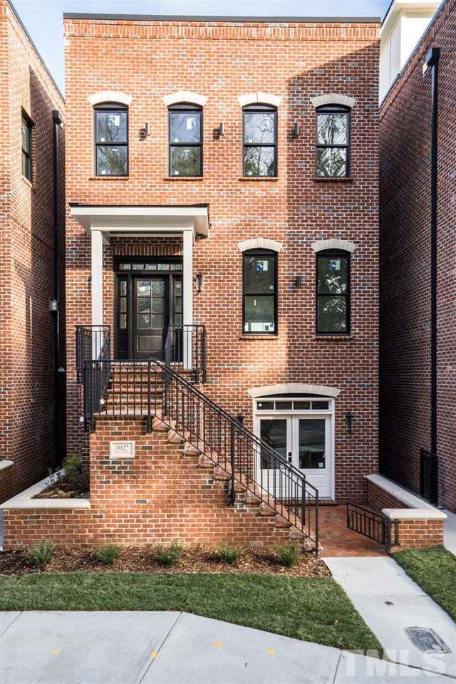 1027 S Duke Street