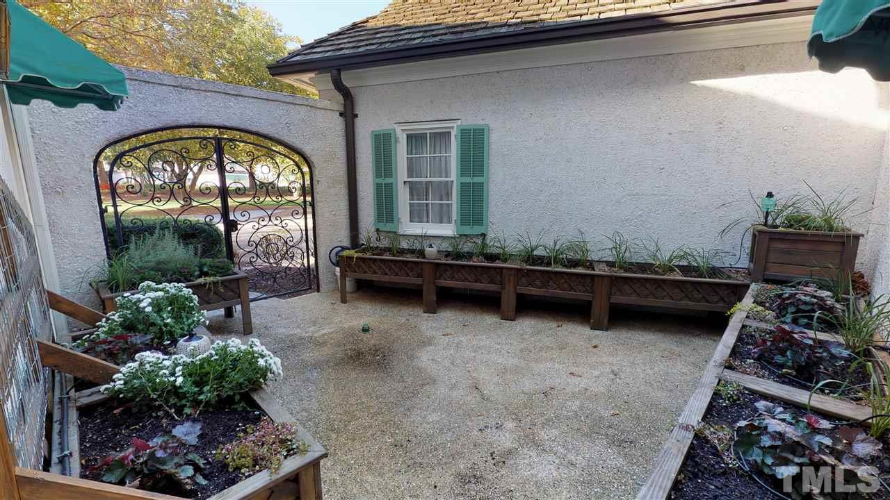 Private courtyard, with dark rich soil great drainage systems in place to plant your favorite vegetables, herbs, or flowers. Therapeutic time with your plants
