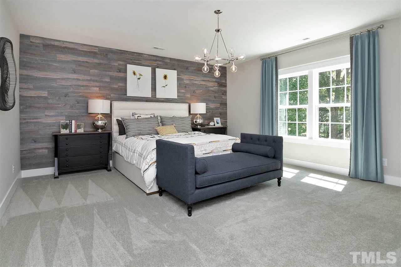 Huge upstairs Bedroom, ship lap wall, beautiful.