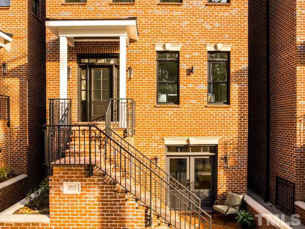 1031 S Duke Street