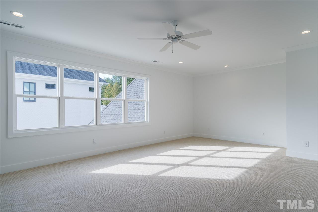 Plenty of room for pool table, large tv wall, great storage for toys, crafts, movies, etc...