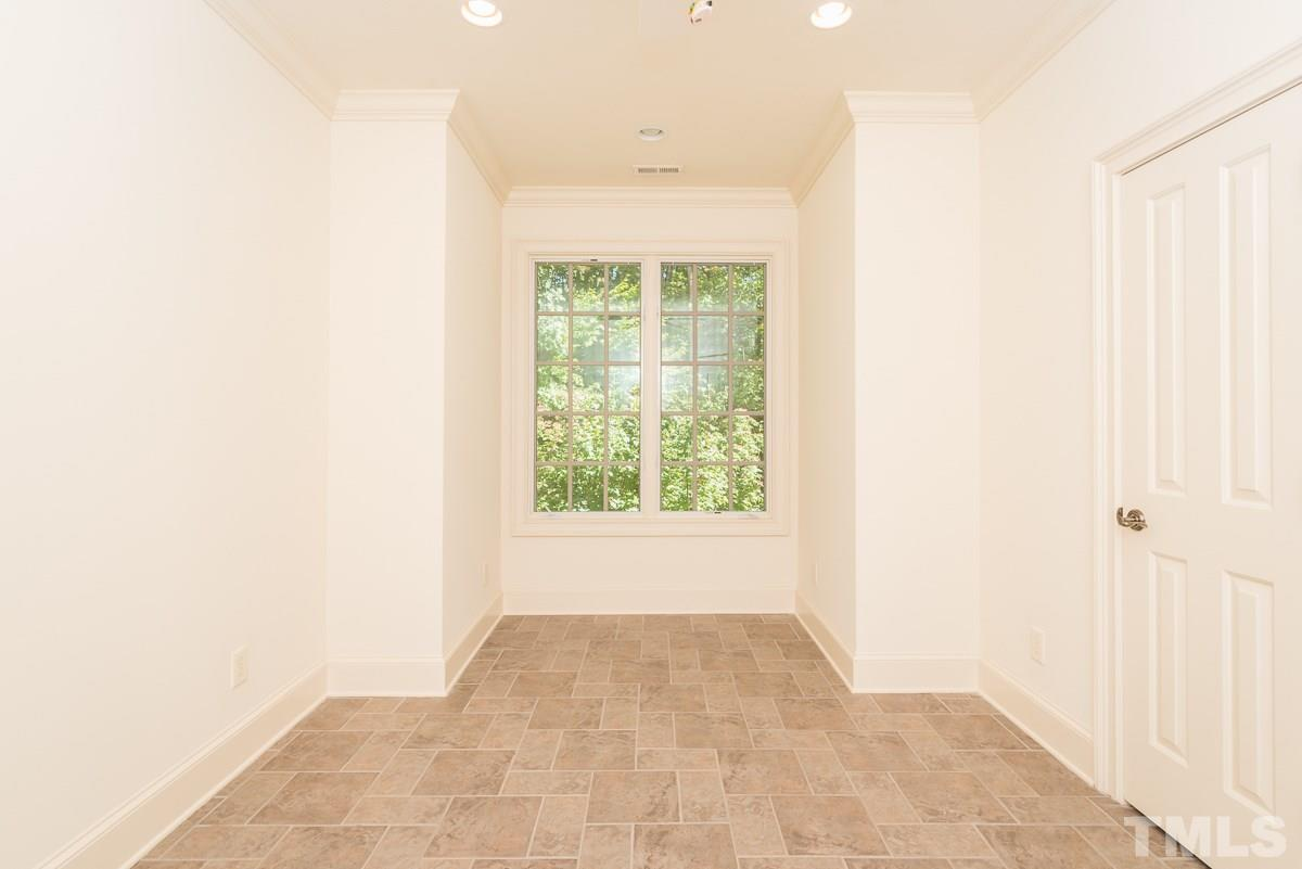 Bedroom or Office/Craft Room
