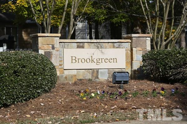Welcome Home to Brookgreen ! So conveinent to Shopping & Restaurants...