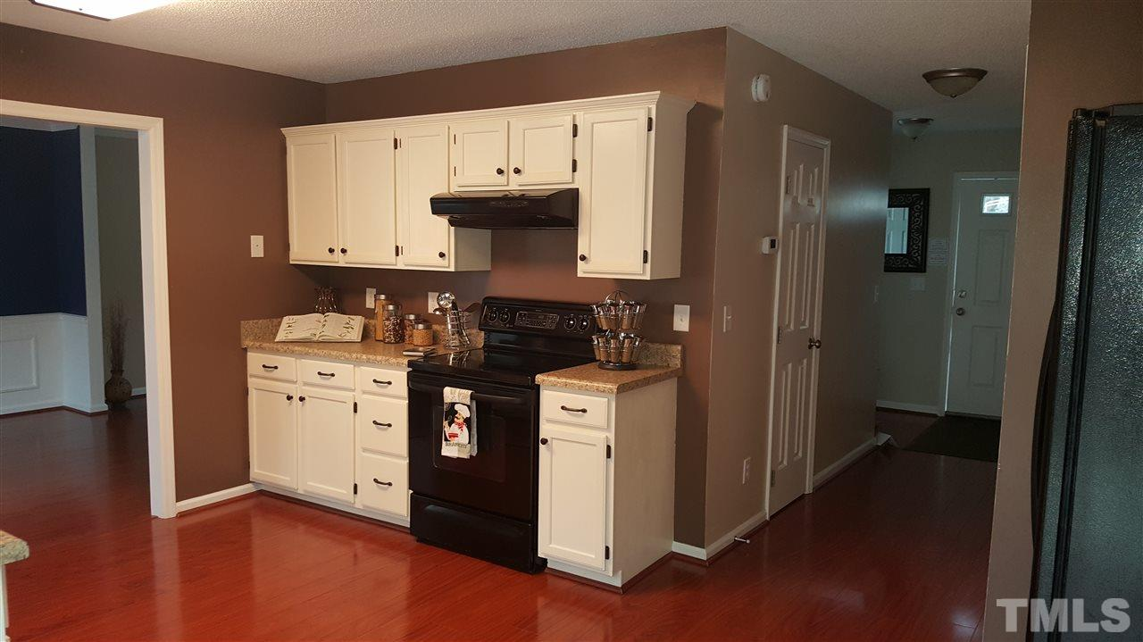 Lots of Cabinet Space !