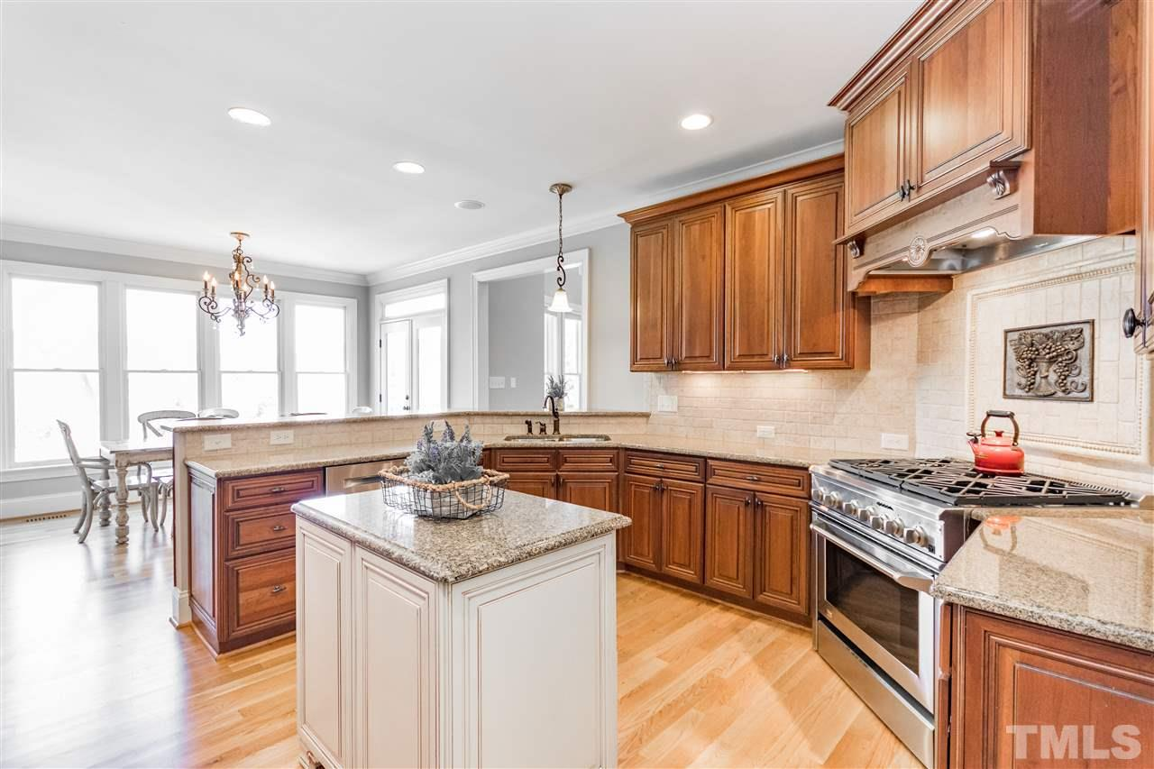Timeless kitchen with new appliances.