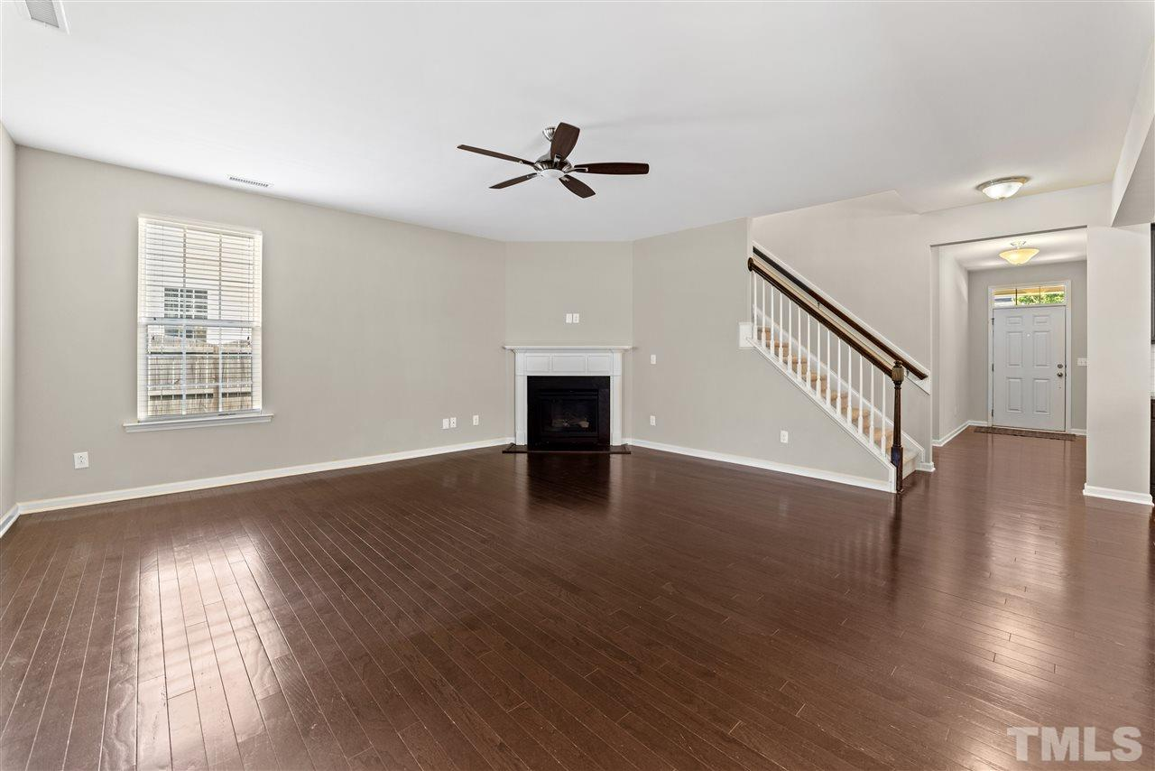 Imagine your furniture in here-large yet cozy space.