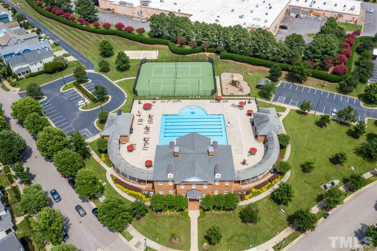 This community has incredible amenities including a clubhouse, pool, tennis, playground and volleyball court.