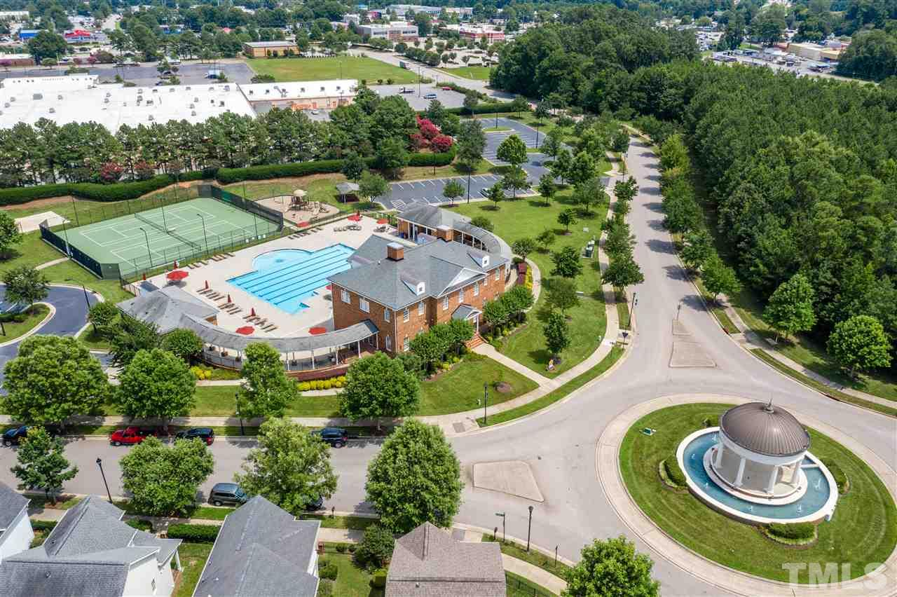 The community is minutes to downtown Raleigh, convenient to I40, shopping and is such a great location!