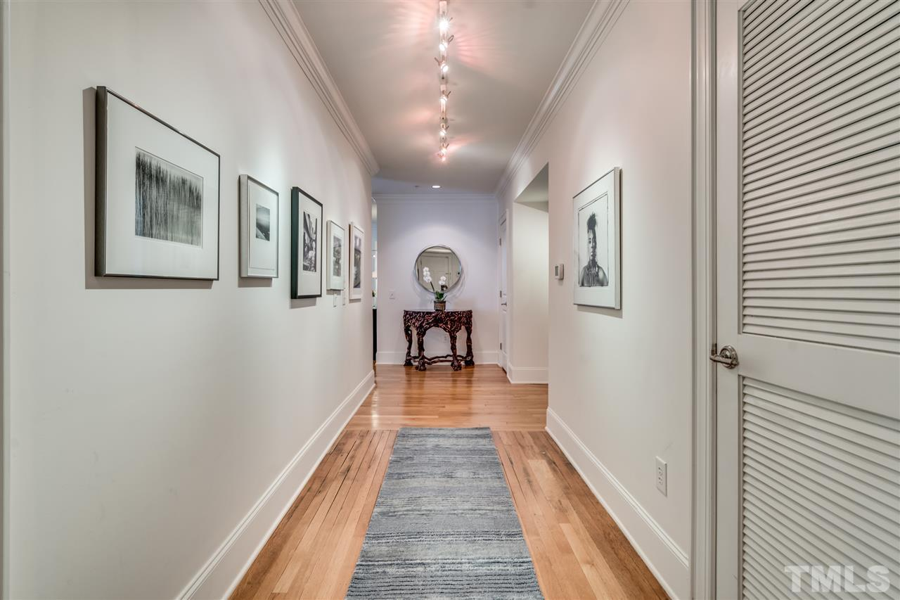 Similar to a NYC or Brooklyn foyer -  long hall for artwork or photo display!