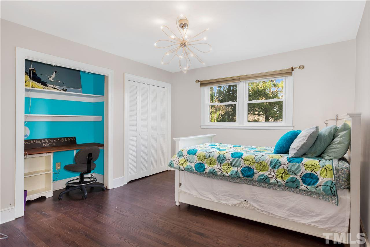 Upstairs Bonus Room/Master Suite. There is space for just about everything you'd need or want!