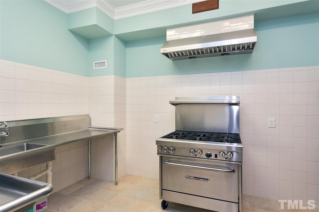 Chef's Kitchen - is equipped w/a commercial dish line washer & a South Bend Six Burner Gas Range, the chef's kitchen is ideal for preparing for large parties & catering events w/plenty of storage - taking food preparation & clean up out of the kitchen!