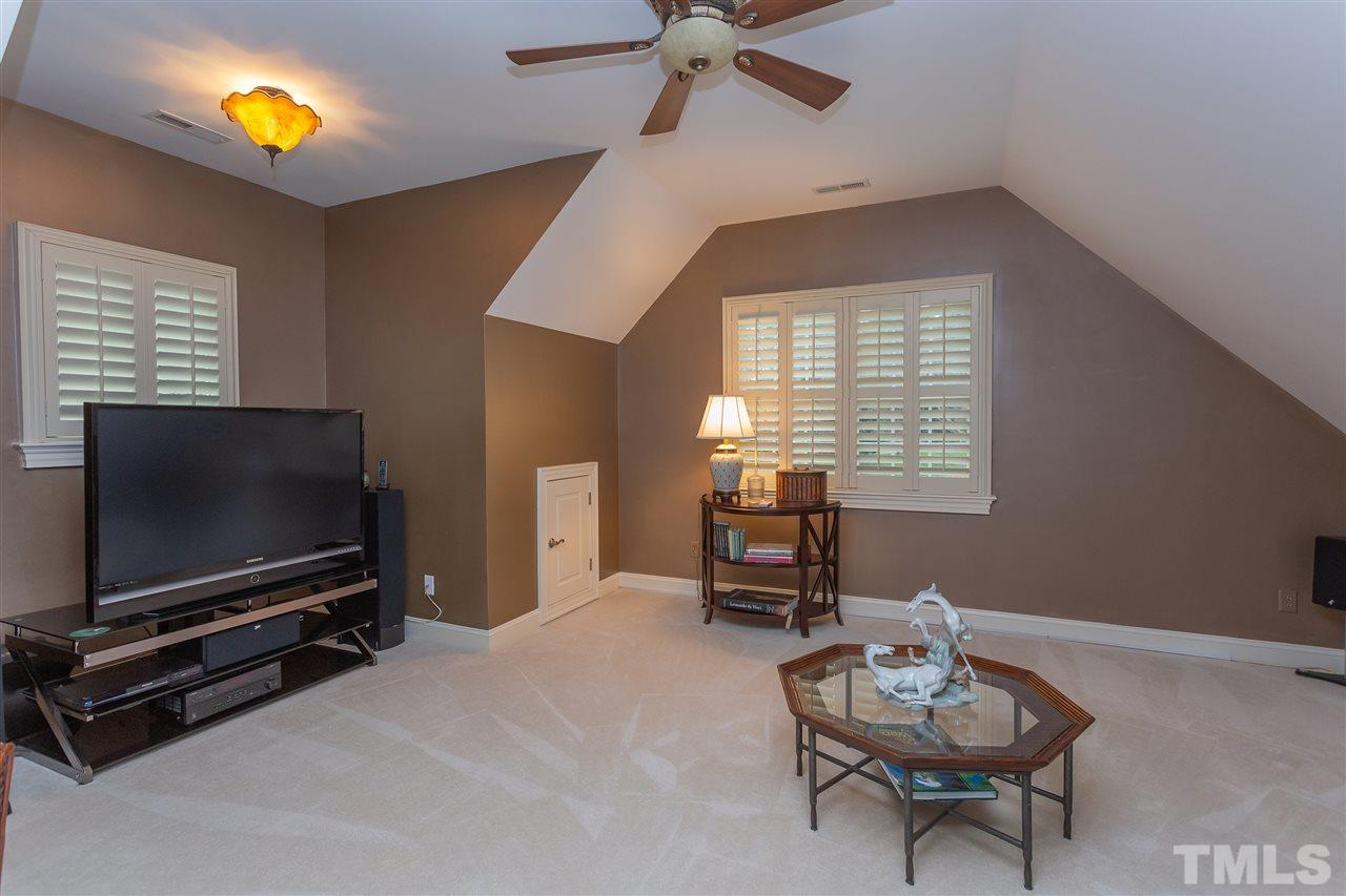 This spacious area could be used as a bedroom or large bonus area.