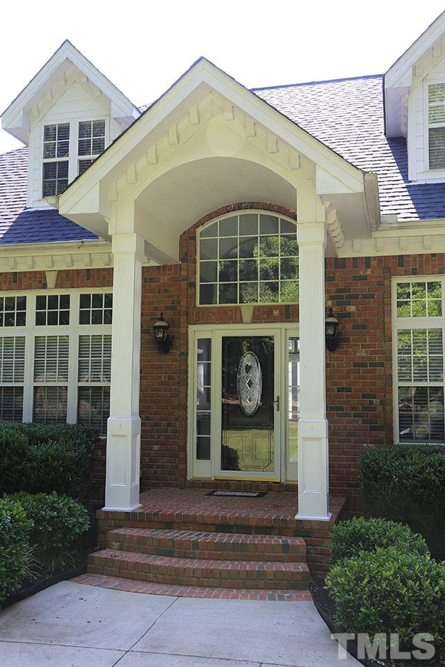All-Brick Front Entrance w/Columns and Palladium Style Windows and RING doorbell entry and security.