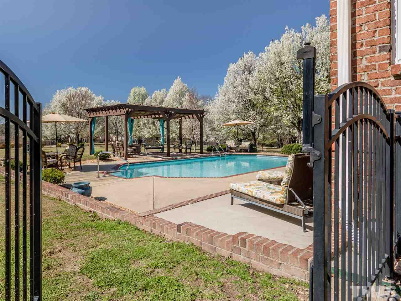 Vacation all summer long in your own saltwater pool, sun bathe on the patio or relax under the shaded pergola.