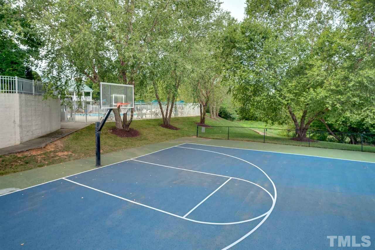 Lake Hogan Farms has a great pool and clubhouse, playground, basketball and tennis courts as well as walking trails. Life is good here!